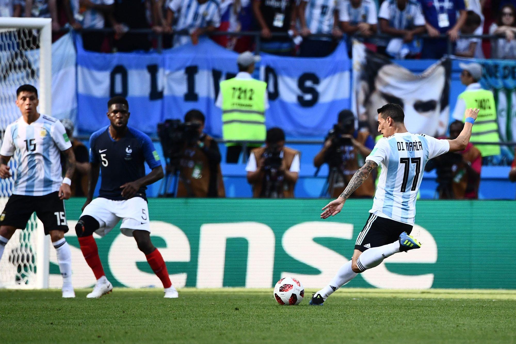 O golo de Angel Di María na primeira parte do França-Argentina é o que de  mais longe em relação à baliza foi marcado em todo o Mundial 2018 até agora. 979d54a67fc66