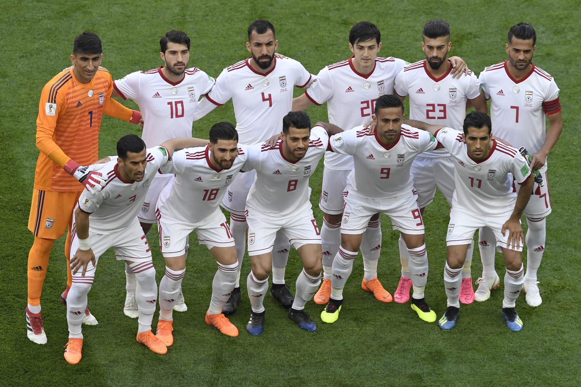 Ronaldo fez o hat-trick com um golaço de livre. Portugal e Espanha ... f4c203b2d9d11