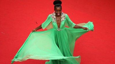 1eb1141ed3 Lupita Nyong o  o vestido verde de que estão todos a falar – Observador