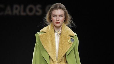 Milão veste Prada… e moda portuguesa – Observador 894ef65ab7
