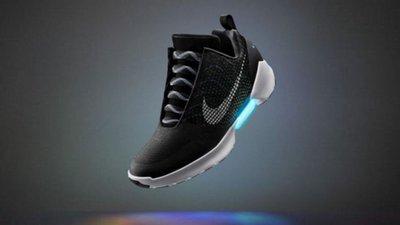 a31d6cda43b Nike desenvolve sapatos que se apertam sozinhos – Observador