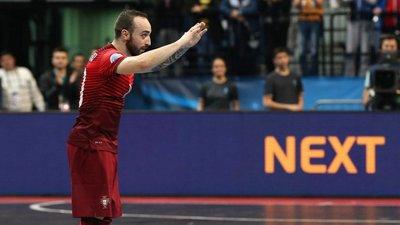 Ricardinho volta a ser eleito o melhor jogador de futsal do mundo. Estes  vídeos deixam claro porquê d05d6be73586e