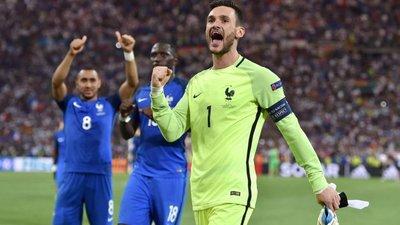 Capitão da seleção francesa descarta favoritismo na final do Euro2016 4265fb1b58030