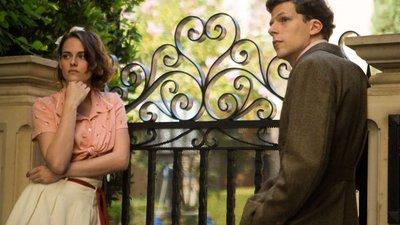 "e1ef801cd5 Café Society""  Woody Allen brilha em Hollywood – Observador"