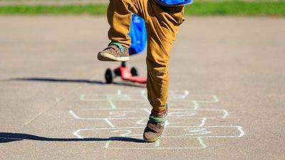 7825bb39b6 Nestas férias ensine jogos tradicionais às crianças – Observador