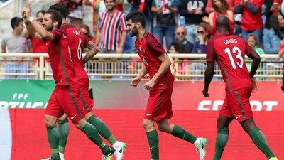 71ebb29aab Seleção Nacional. O Ronaldo é que sabe  Moutinho