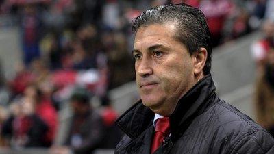 Treinador José Peseiro no Vitória de Guimarães por época e meia ... 859ea523e87a7