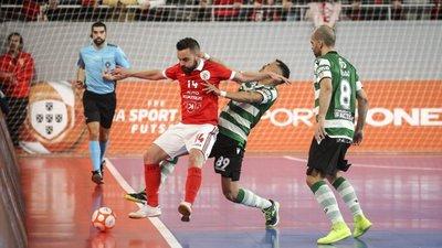 O dérbi que começa a ser um clássico  Sporting-Benfica nas meias-finais da  Taça de futsal f3d57aaf64b5f
