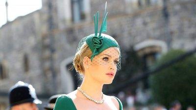 E o prémio de chapéu mais espetacular do casamento real vai para ... f3fc0e22d2c