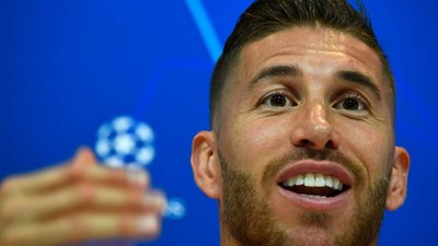 "cd84984a8d Griezmann quer ""comer na mesa de Messi e Ronaldo"""