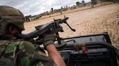 "ceb23014df55d Militares portugueses alvo de ""ataque violento"" na República Centro Africana"