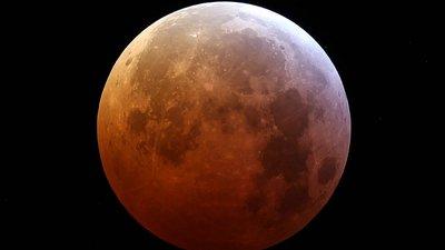 10899bbf8 As cinco horas da Super Lua Vermelha em 5 pontos (e muitas imagens) para  quem esteve a dormir
