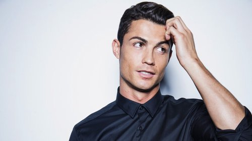 Cristiano Ronaldo, o modelo – Observador