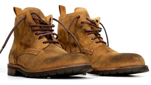 Swain, as botas de couro com quase 100 anos de história