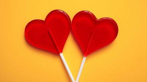 Ha Seculos Que O Coracao E O Amor Se Desenha Assim Observador