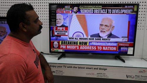 Pm Indiano Justifica Revogação De Lei Para Combater