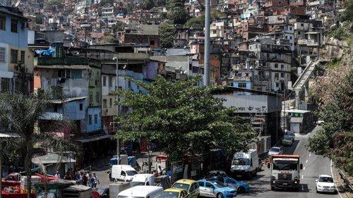 Resultado de imagem para Pobreza extrema afeta 13,5 milhões de pessoas no Brasil