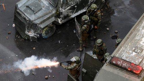 Presidente chileno condena violência policial pela 1ª vez