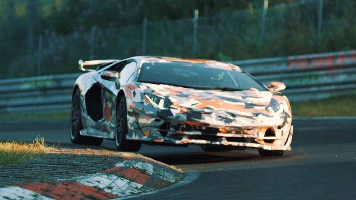 Lamborghini Aventador SVJ Envergonha Concorrência