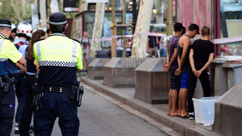 170d7c4664296 Barcelona. Jovem portuguesa desaparecida pode estar entre as vítimas  mortais – Observador