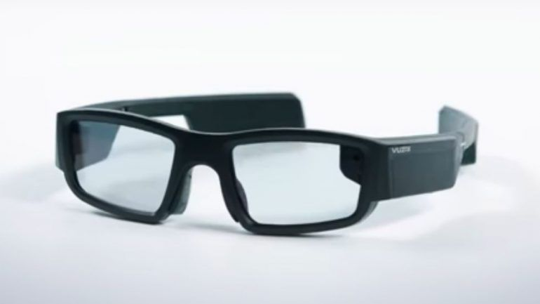 6c2e5b295 Experimentámos os Vuzix Blade. O que se vê nestes óculos inteligentes? –  Observador
