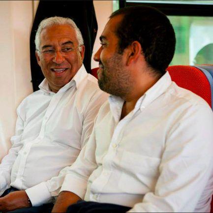 Dos bilhetes do Benfica à junta de Campo de Ourique. Pedro Costa está à  direita do pai – Observador 3a1cd1b8443cd