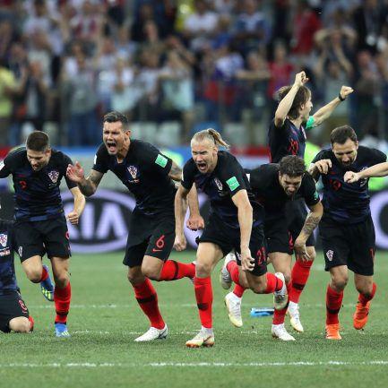 Croácia elimina Dinamarca nas grandes penalidades e está nos quartos (3-2).  Seleção Nacional já aterrou em Lisboa – Observador 3d9f2034ac828
