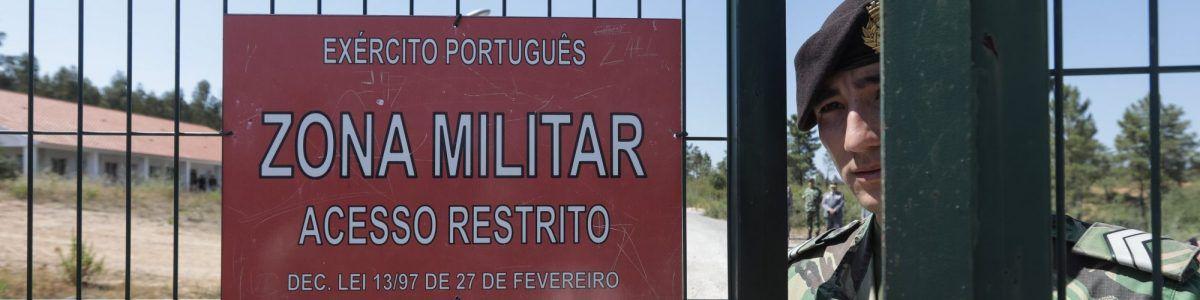 Diretor da PJ Militar foi detido e PJ prepara nova detenção – Observador c4e0cd26e22