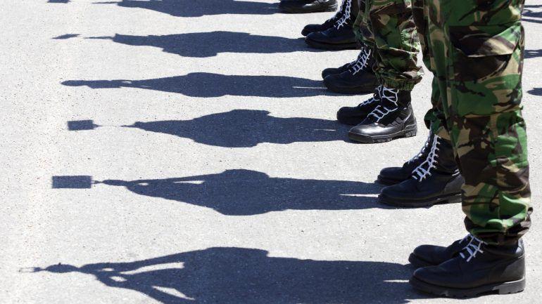 Como o diretor da PJ Militar terá protegido assaltante e encenado operação  para passar à frente da PJ – Observador 56e711acc2c