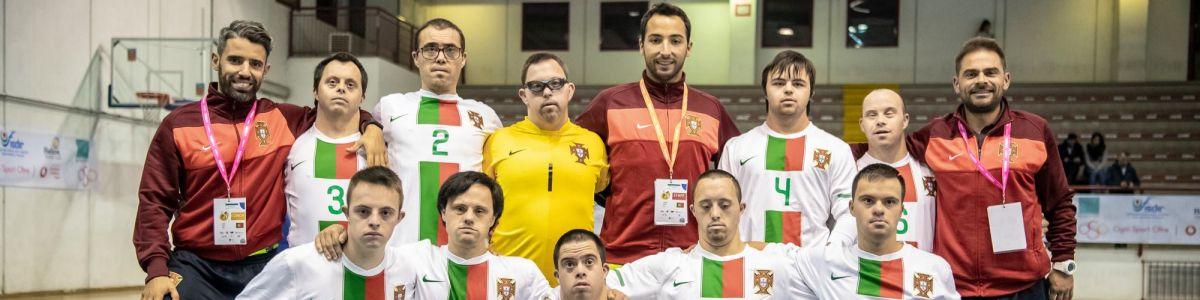 Portugal sagra-se campeão europeu de futsal para atletas com síndrome de  Down – Observador b493863333c77