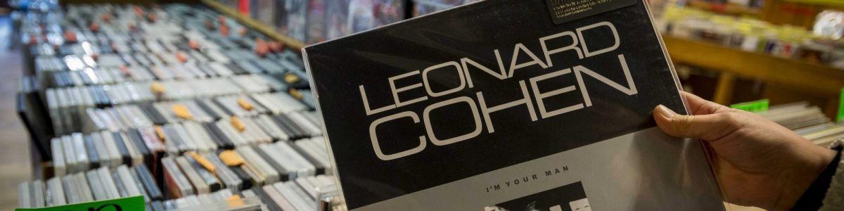 "00b19ab00d55c Relógio d Água vai publicar últimos poemas de Leonard Cohen e ""O doente  inglês"" – Observador"