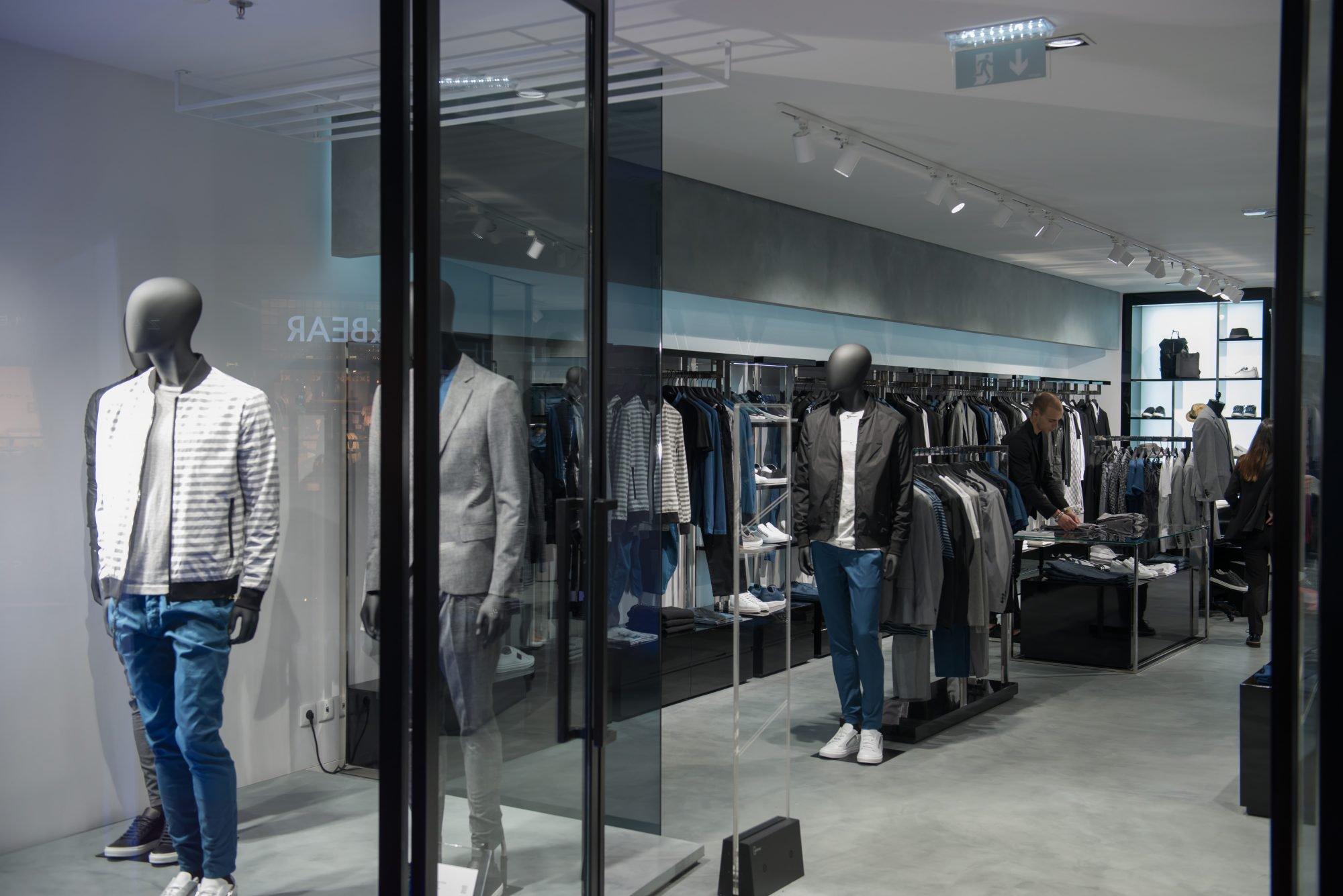 Dos chinelos aos ténis, 3 novas lojas em Lisboa – Observador