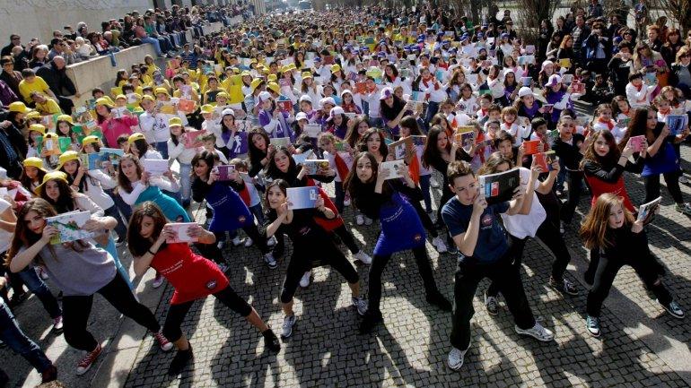 Resultado de imagem para OCDE: Jovens que imaginam empregos de sonho ficam mais motivados para estudar