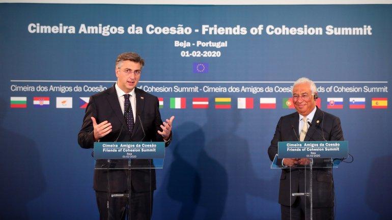 """Resultado de imagem para António Costa: """"No dia do 'Brexit', contra a divisão, afirmamos a coesão"""""""