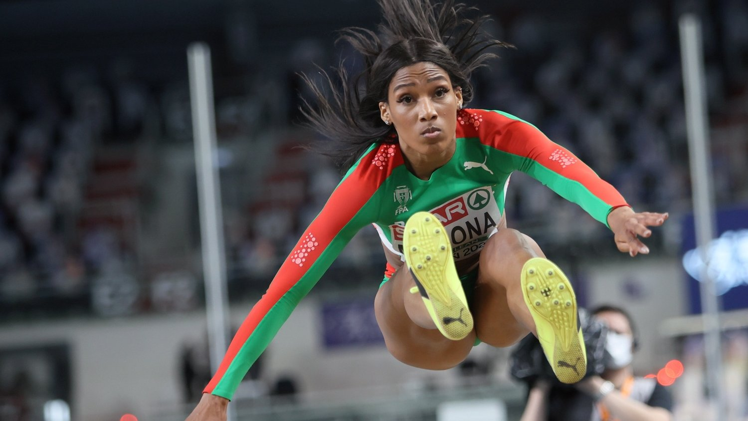 epa09056340 Patricia Mamona of Portugal competes in the women's Triple Jump qualification of the 36th European Athletics Indoor Championships at the Arena Torun, in Torun, north-central Poland, 06 March 2021.  EPA/LESZEK SZYMANSKI POLAND OUT