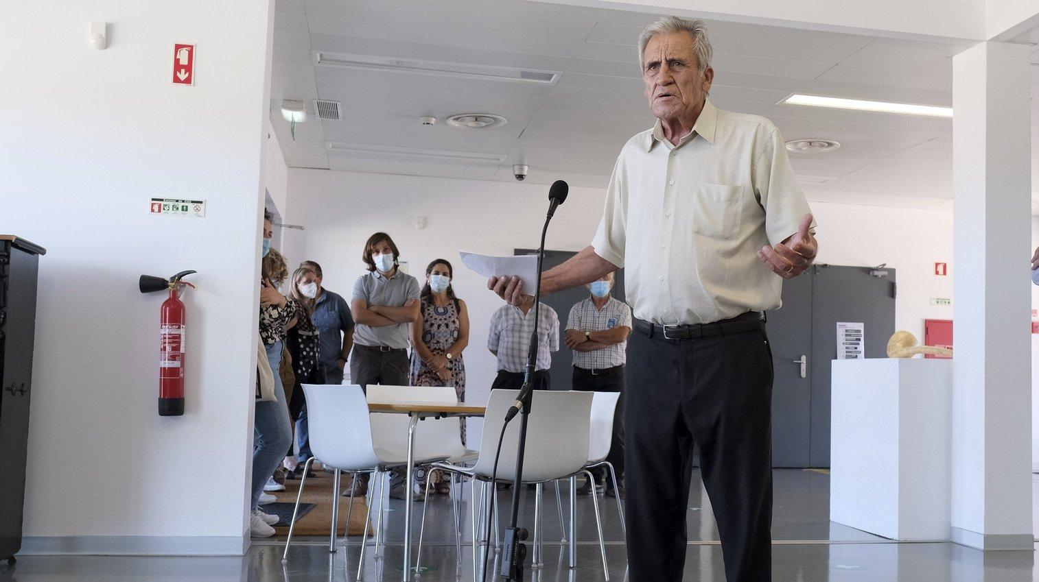 O secretário-geral do Partido Comunista Português (PCP), Jerónimo de Sousa, durante uma visita ao Centro de Experimentação Artística do Vale da Amoreira. Moita, 18 de Setembro de 2021. No próximo dia 26 de setembro mais de 9,3 milhões eleitores podem votar nas eleições Autárquicas, para eleger os seus representantes locais. RUI MINDERICO/LUSA