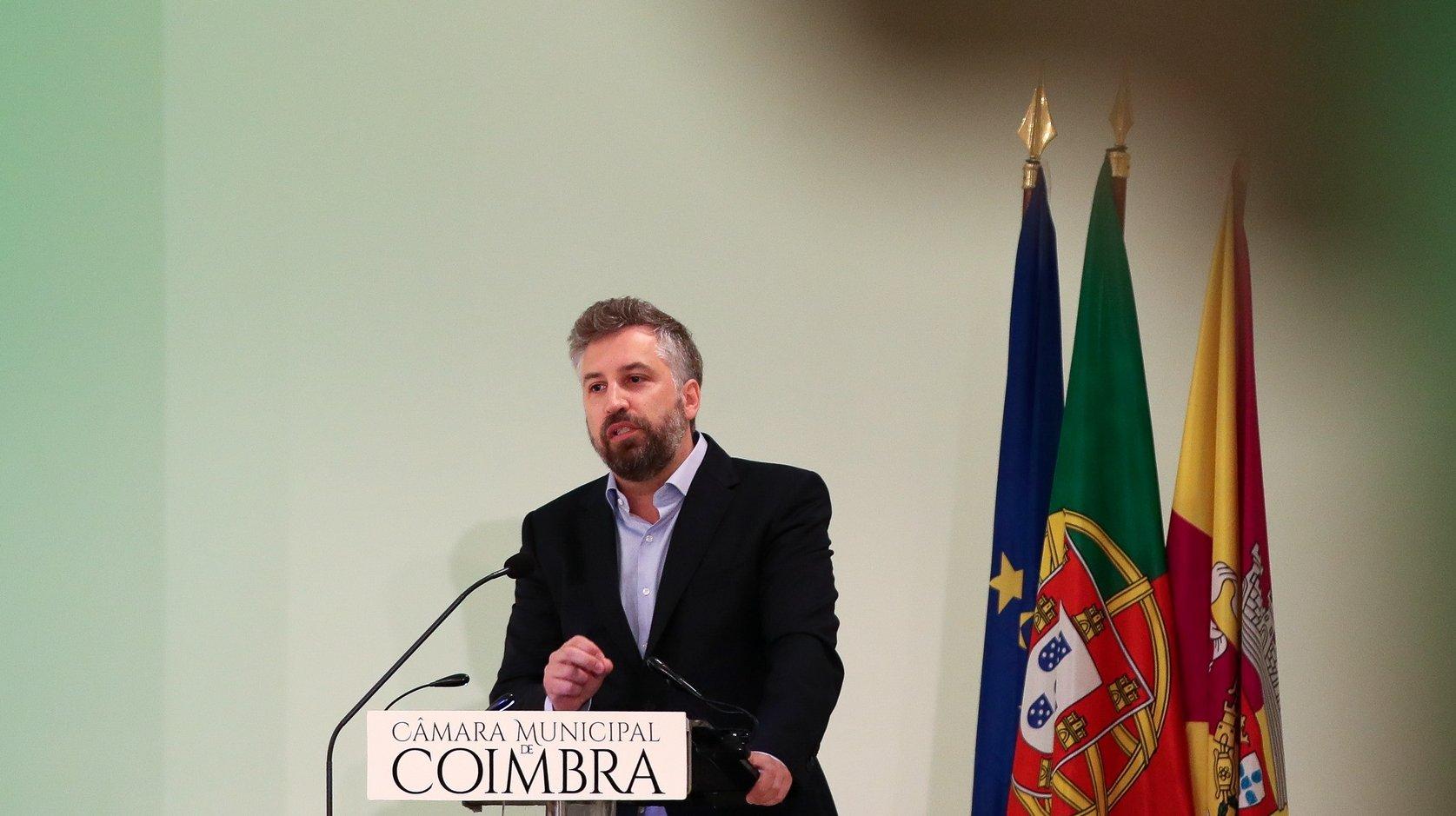 O ministro das Infraestruturas e da Habitação, Pedro Nuno Santos, discursa durante a cerimónia de apresentação dos investimentos do Plano de Recuperação e Resiliência na área da habitação, no Convento de São Francisco, em Coimbra, 30 de junho de 2021. PAULO NOVAIS/LUSA