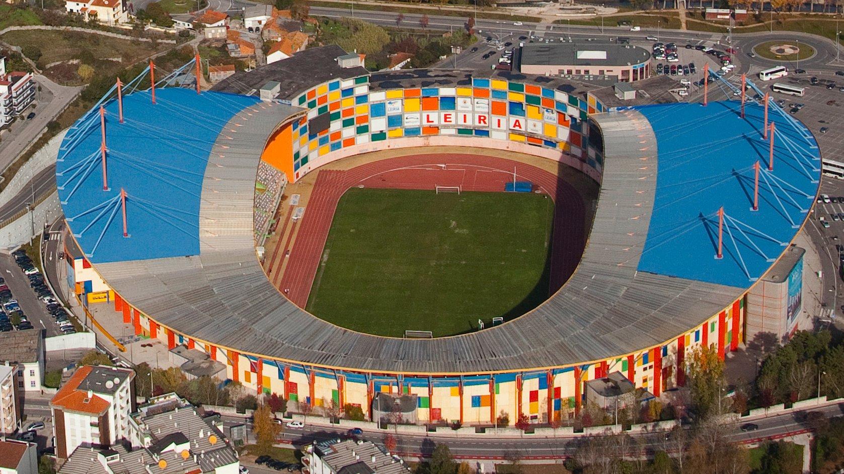 O Estádio Magalhães Pessoa em Leiria foi construido para o Europeu de 2014. Sob a administração do município Leiriense, é na organização de eventos desportivos e espétáculos que tem feito face ás despesas de nanutenção do estádio que consomem uma fatia larga do orçamento, 9 de maio de 2014, em Leiria, (Acompanha texto). PAULO CUNHA/LUSA
