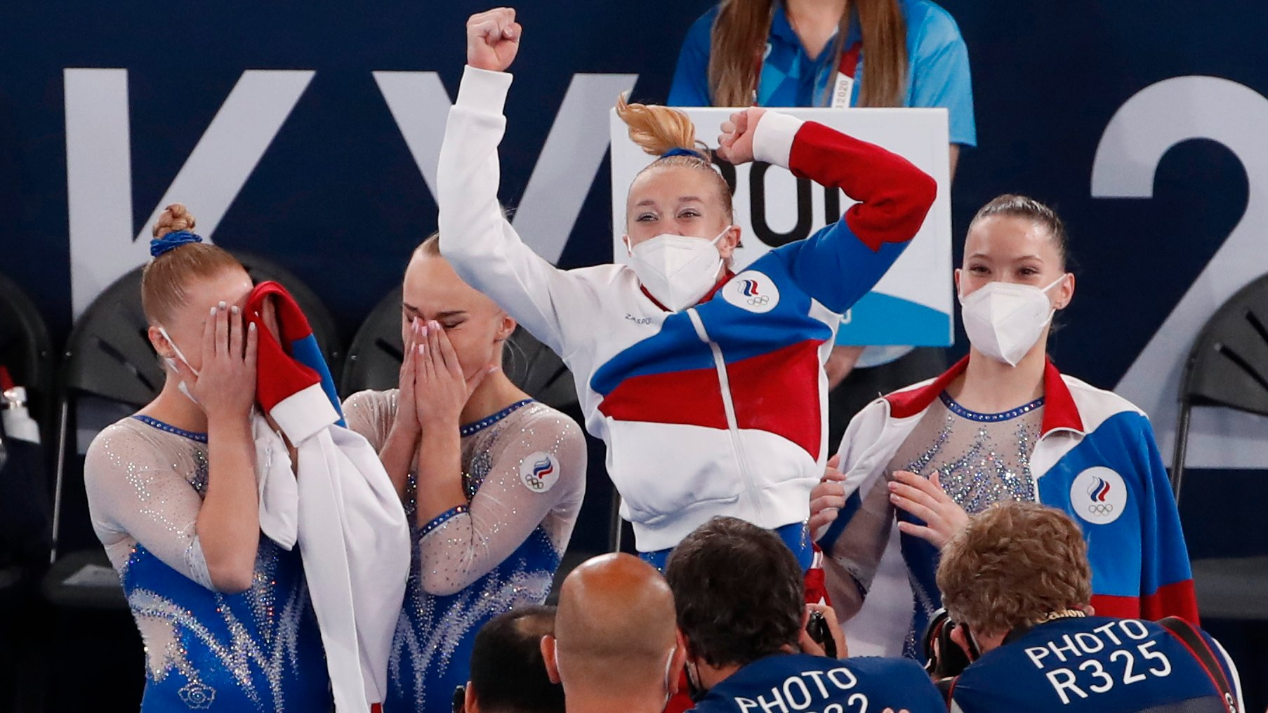epa09370753 Gymnasts of Russia react during the Artistic Gymnastics Women Final of the Tokyo 2020 Olympic Games at the Ariake Gy?mnas?tics Centre in Tokyo, Japan, 27 July 2021  EPA/TATYANA ZENKOVICH