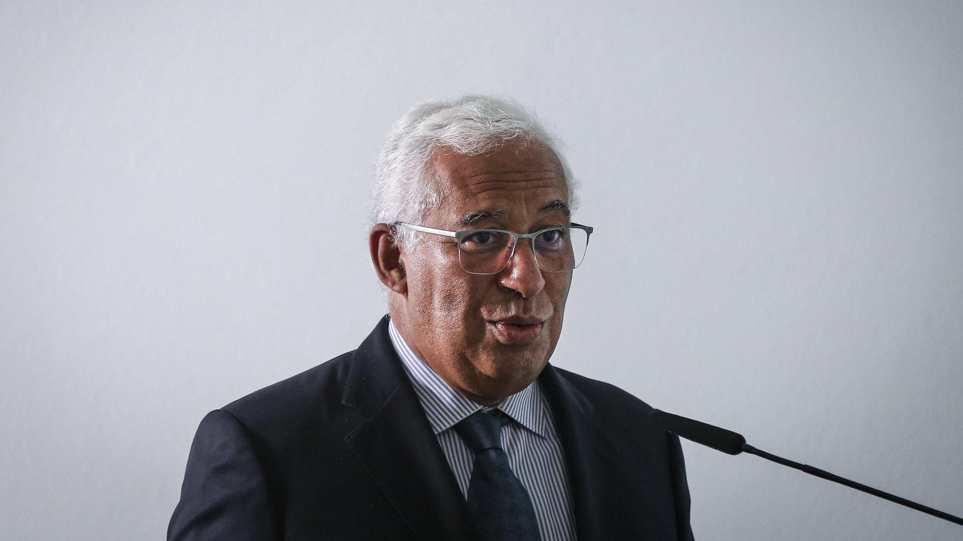 O primeiro ministro António Costa usa da palavra durante a ultima reunião do Plano de vacinação contra a Covid-19, em Oeiras , 28 de setembro de 2021.  RODRIGO ANTUNES/LUSA