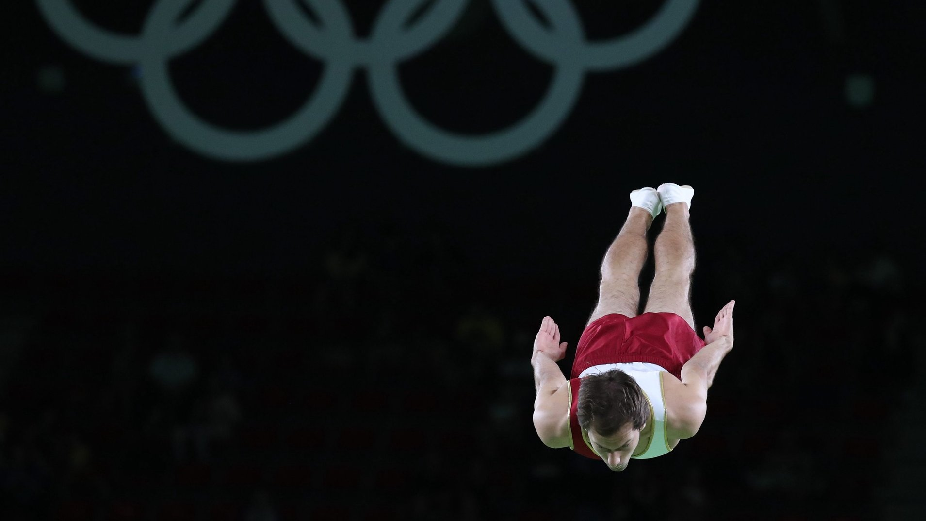 epa05481711 Diogo Abreu of Portugal competing during the Men's Trampoline Qualifications of the Rio 2016 Olympic Games Trampoline Gymnastics events at the Rio Olympic Arena in Barra da Tijuca, Rio de Janeiro, Brazil, 13 August 2016.  EPA/TATYANA ZENKOVICH