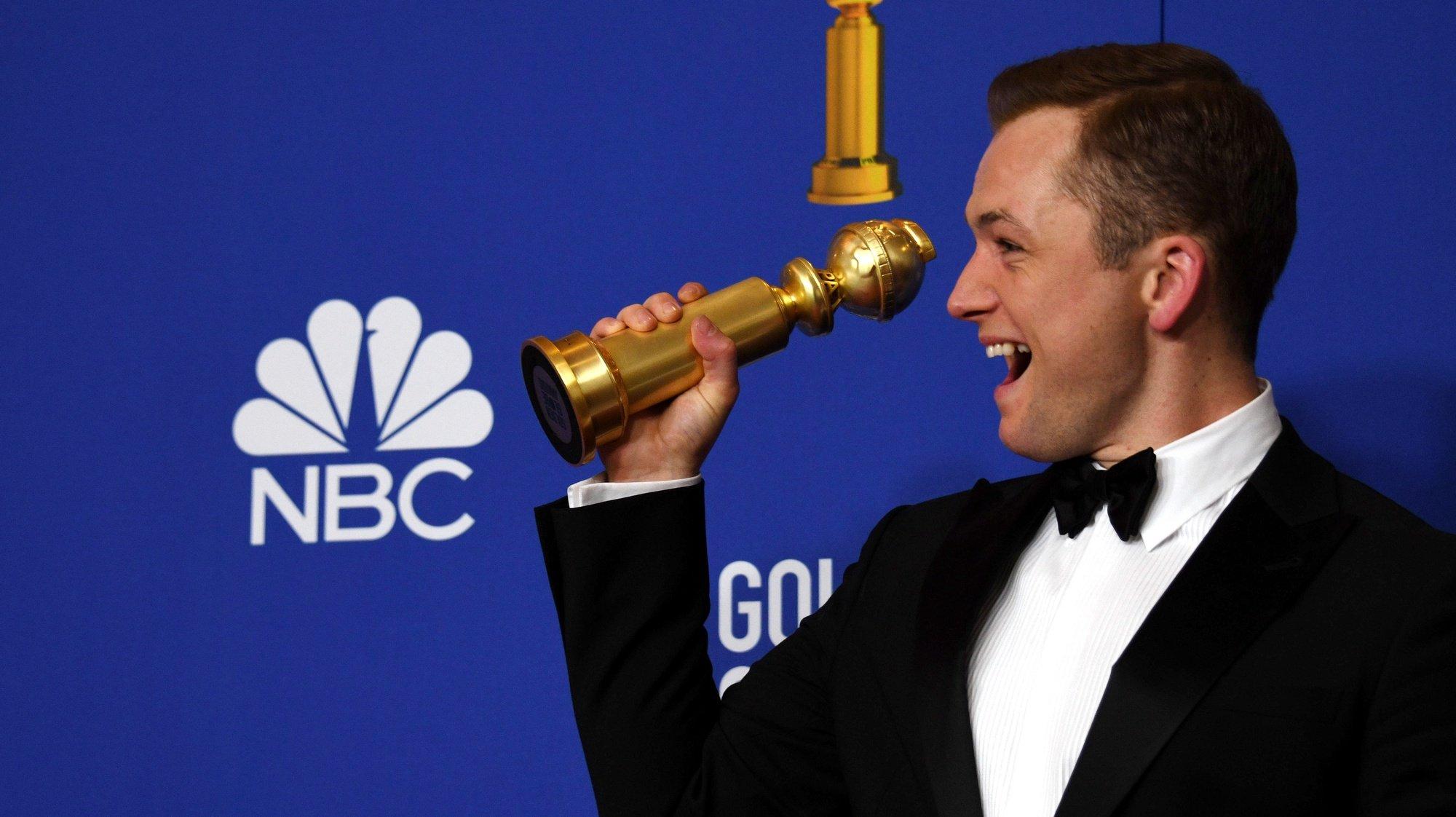 O ator Taron Egerton ganhou o Globo de Ouro na categoria de melhor ator em comédia ou musical.