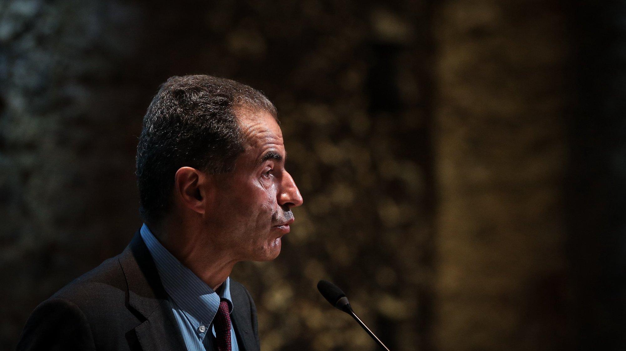 """O ministro da Ciência, Tecnologia e Ensino Superior,  Manuel Heitor, intervém no lançamento dos programas PRR """"Impulso Adultos"""" e """"Impulso Jovens STEAM"""", em Lisboa, 21 de junho de 2021. RODRIGO ANTUNES/LUSA"""