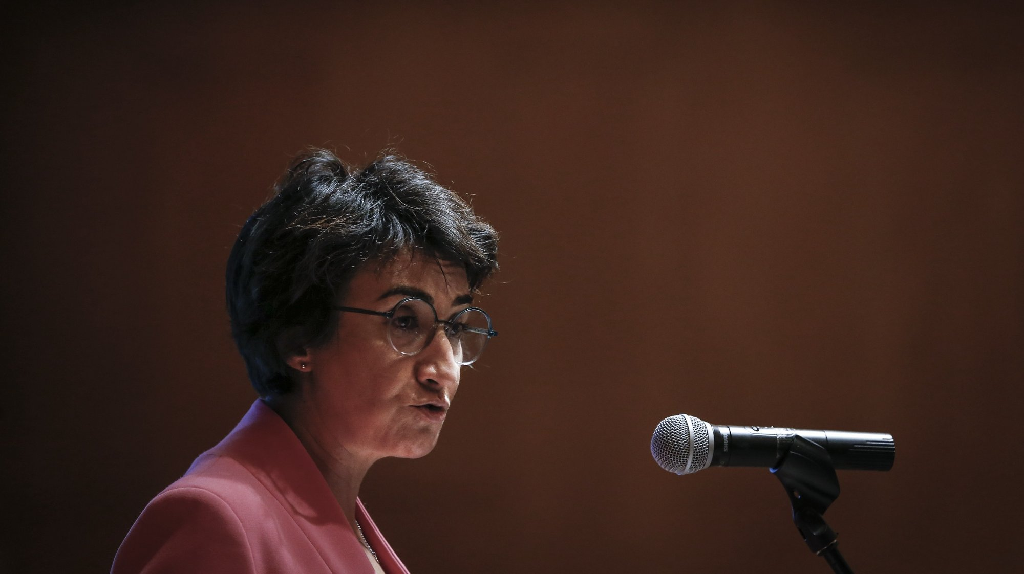 A ministra da Agricultura, Maria do Céu Antunes, discursa durante a sessão de apresentação do Programa Nacional de Investimentos (PNI) 2030, em Lisboa, 22 de outubro de 2020. RODRIGO ANTUNES/LUSA