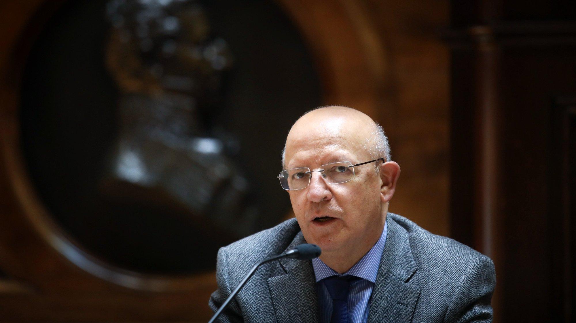 O ministro de Estado e dos Negócios Estrangeiros, Augusto Santos Silva, durante a Comissão de Negócios Estrangeiros e Comunidades Portuguesas, na Assembleia da República, em Lisboa, 11 de maio de 2021. ANDRÉ KOSTERS/LUSA