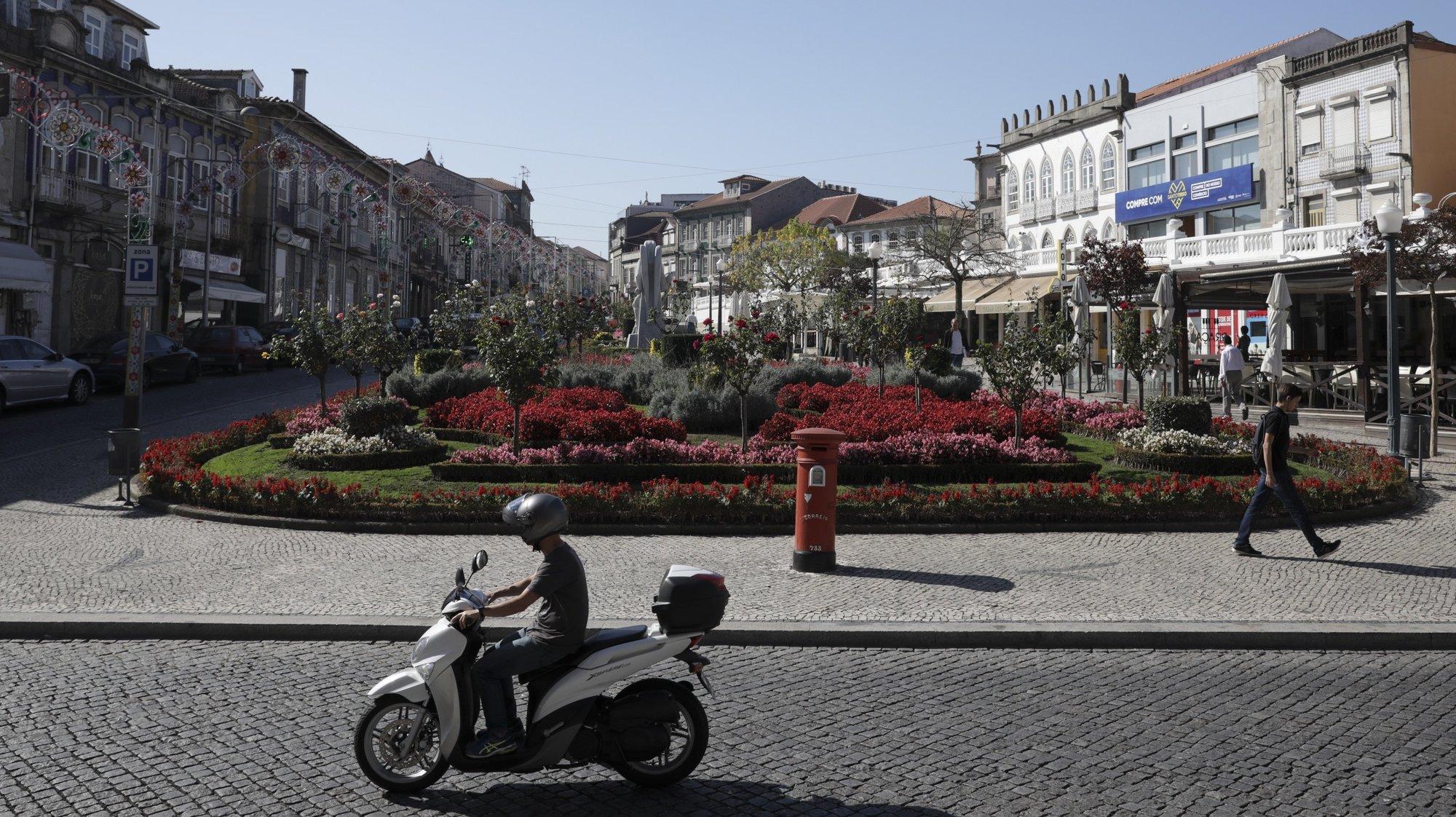 Largo Coronel Baptista Coelho, Santo Tirso, 4 de outubro de 2017. JOSÉ COELHO/LUSA