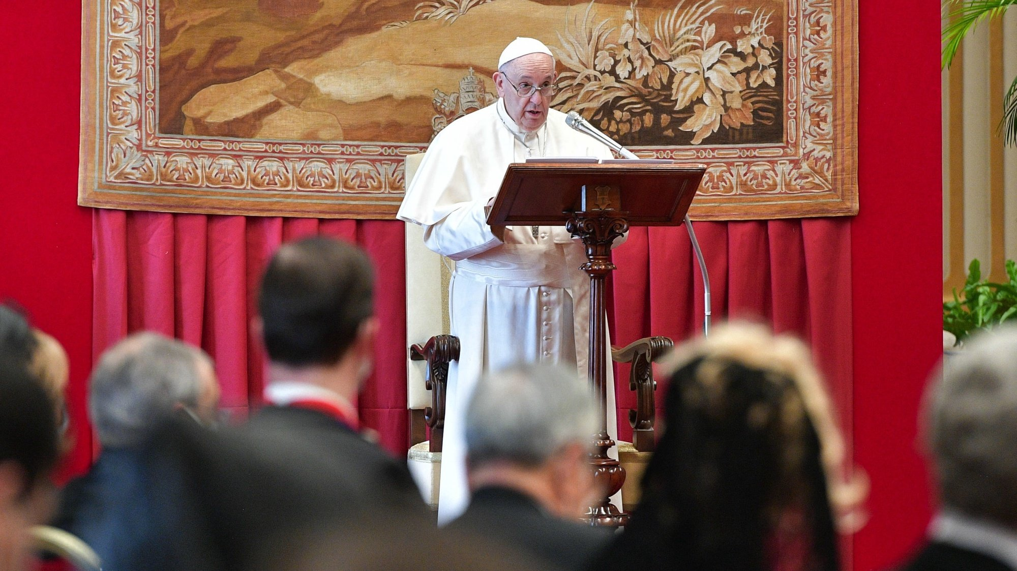 epa08995984 A handout picture provided by the Vatican Media shows Pope Francis during an audience to the Diplomatic Corps accredited to the Holy See, at the Vatican, 08 February 2021.  EPA/VATICAN MEDIA HANDOUT  HANDOUT EDITORIAL USE ONLY/NO SALES