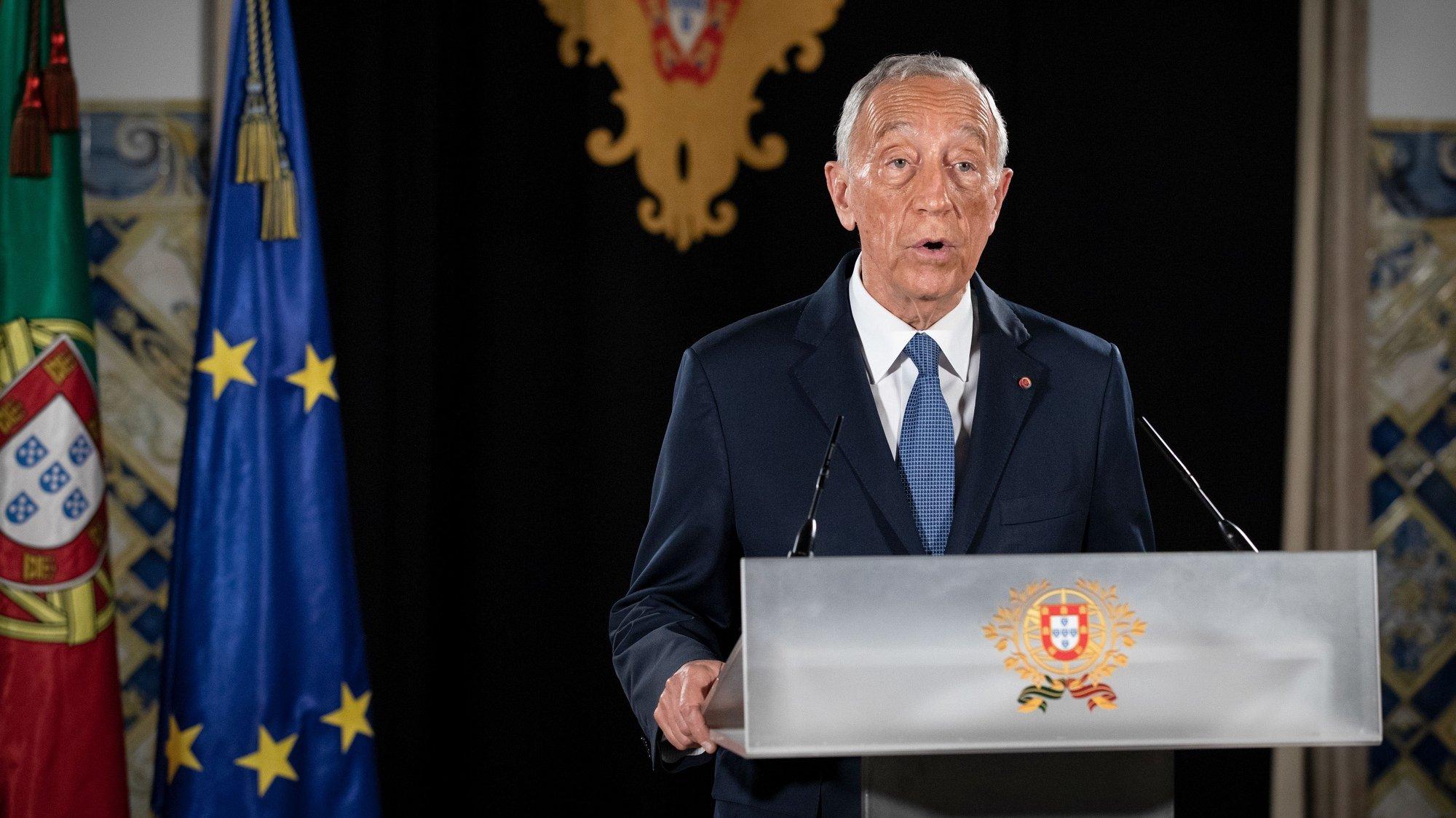 O Presidente da República, Marcelo Rebelo de Sousa, fala ao país numa declaração a partir do Palácio de Belém, após decretar a renovação do estado de emergência em Portugal, Lisboa, 11 de fevereiro de 2021.  MIGUEL FIGUEIREDO LOPES/PRESIDÊNCIA DA REPÚBLICA/LUSA