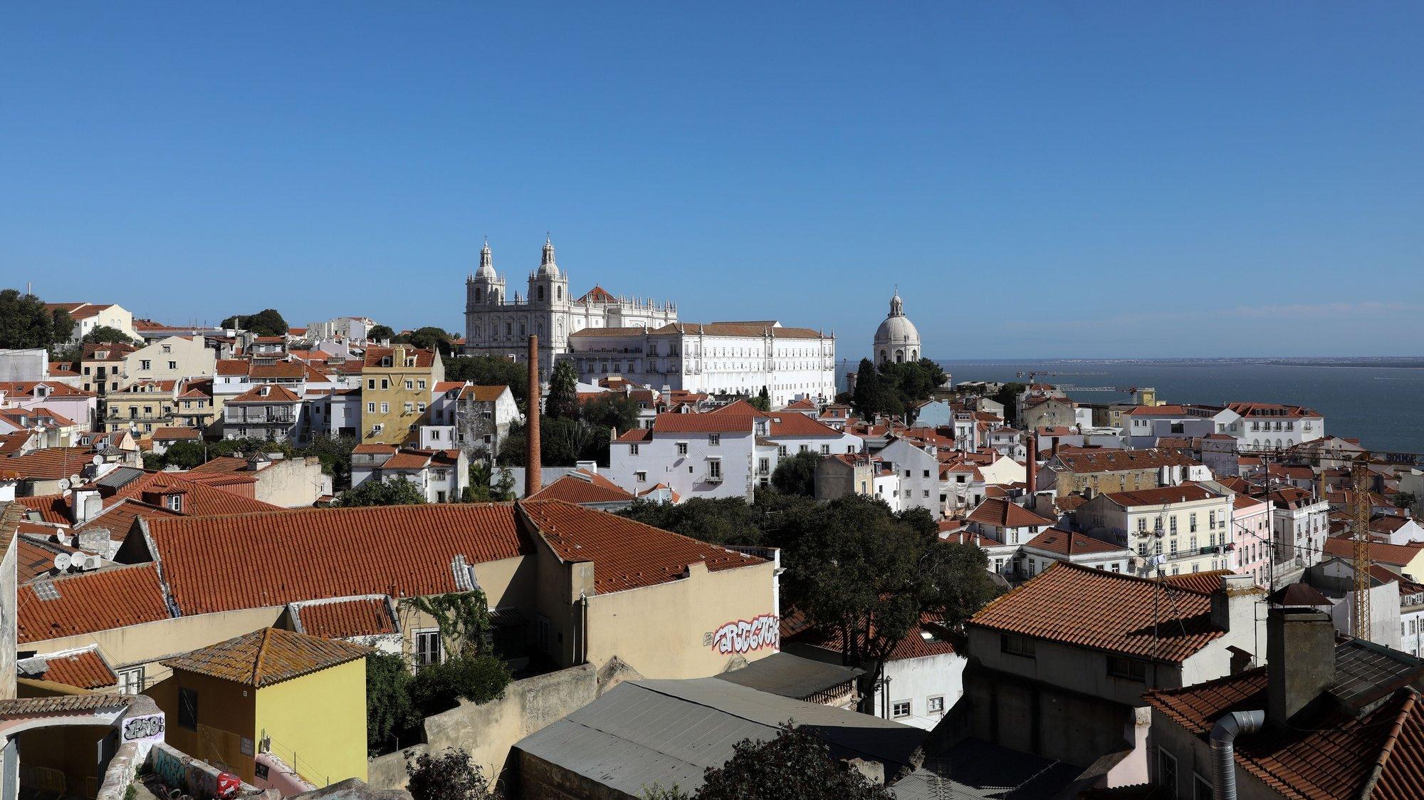 Vista da Igreja de São Vicente de Fora,  Lisboa, 03 de novembro de 2020. ANTÓNIO COTRIM/LUSA