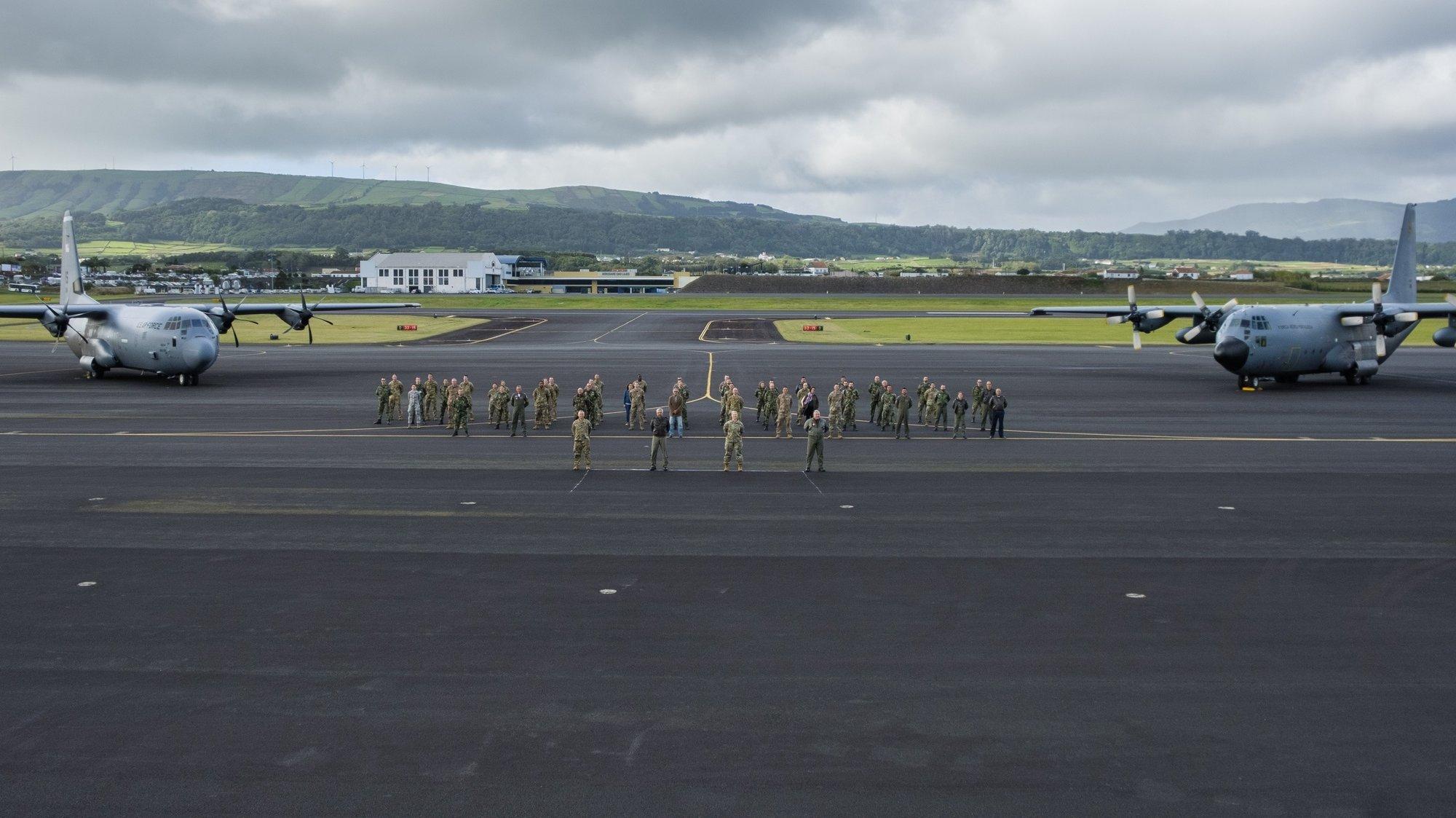 """Base das Lajes onde hoje decorreu a cerimónia conjunta com o Destacamento da Força Aérea dos Estados Unidos da América, 65th Air Base Group (65th ABG), para a inauguração oficial de uma """"Permanent Lajes Landing Zone (PLLZ)"""", Ilha Terceira, Açores, 21 de outubro de 2020. ANTÓNIO ARAÚJO/LUSA"""